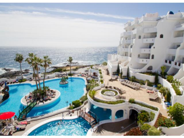 We have a lovely 2 bedroom  apartment to rent in this Stunning complex in Tenerife