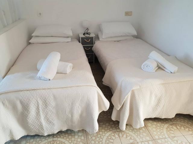 Twin single beds - Fairways Club, Amarilla Golf, Tenerife